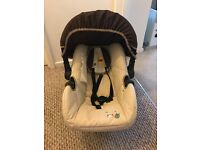 Hauck baby car seat in good condition