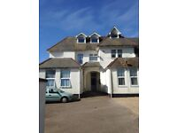 SPACIOUS 3 BED APARTMENT WITH SEA VIEWS - EXMOUTH AVENUES