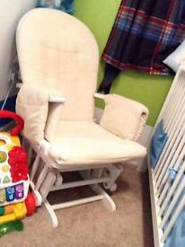 Rocking chair / Nursing chair