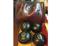 4 x lawn bowls, size 5, BIBC A92 official, with bag