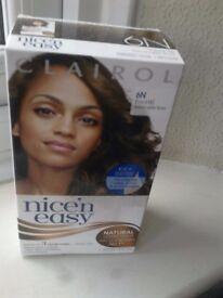 Clairol Nice'n easy Hair dye colour 6N Natural lighter brown