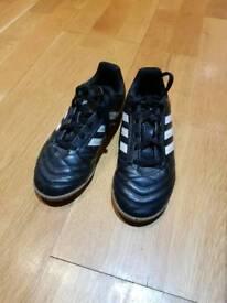 Size 13 boys adidas indoor football boots