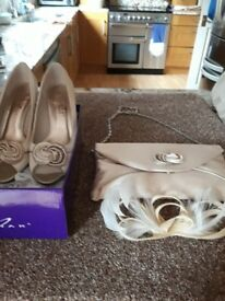 Ladies shoes and handbay idea for wedding