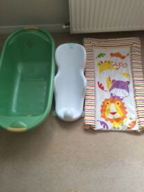 Baby bath tub with seat and changing mat