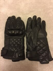 RST quilted motorcycle gloves