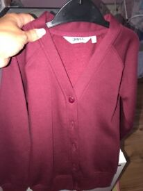 Girls burgundy cardigan 5/6