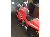 Triumph Daytona T595, Red with a pair of Gold Dymags