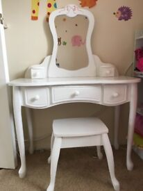 kids white dressing table
