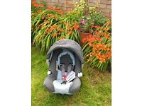 SUPER COOL GRACO CAR SEAT 0-13kg + pram front table. This car seat is very good condition!!! BS16.