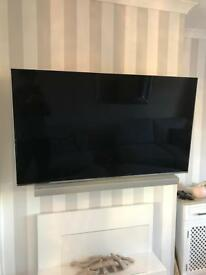 "Samsung 55"" Flat Screen TV with Soundbar & Wireless Sub & Wall mounted full motion bracket"