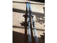 Atomic 9 18 beta carv x skis with Tyrolia bindings