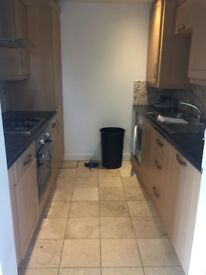 3 BEDROOM FLAT TO RENT BOW £1850PCM AVAILABLE 4TH JUNE