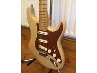 2006 Fender American Deluxe Stratocaster – Honey Blonde