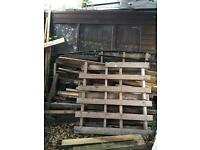Mixed lot of wood and shed