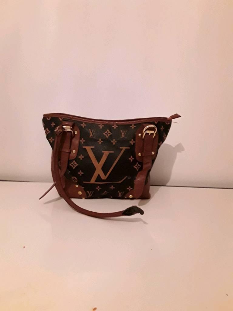 7620aa1b75b1 Louis Vuitton Handbag- Used