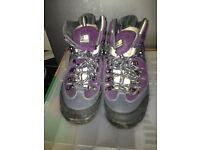Kerrimor Ladies walking boots size 7.