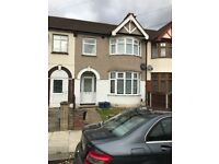 Spacious two bed flat for rent in ilford (Part Dss Accepted)