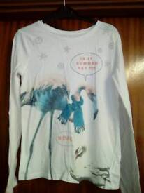 Gap long sleeve top age 10-11