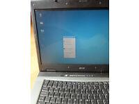 Laptop Acer travelmate ,