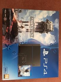 PS4 bundle with Star Wars battlefront. 500GB.