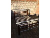 Metal/wood double bed frame