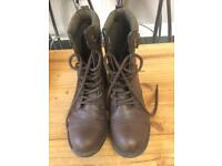 Nearly New Rocket Dog Brown Boots Size 6 Ladies