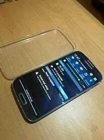 Samsung galaxy s4 blue very well kept .