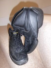 Jazz boots size 6