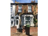 Nice 5 Bedrooms Family House for rent in East Ham