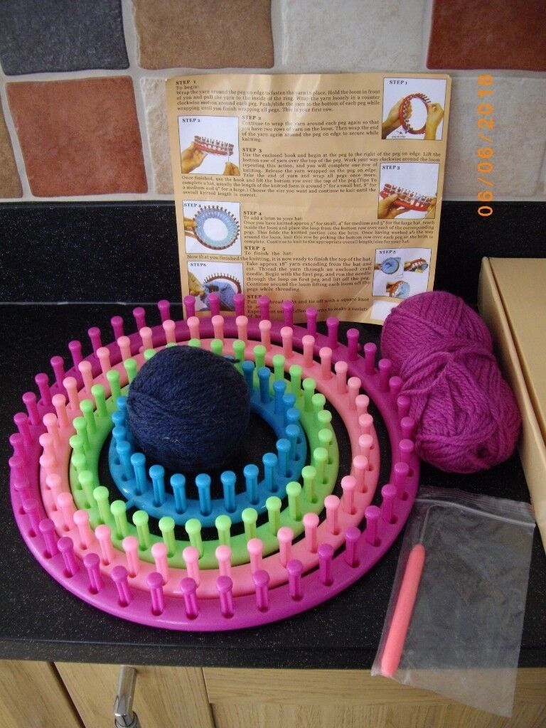 Knit Quick Round Knitting Loom Set In Norwich Norfolk Gumtree