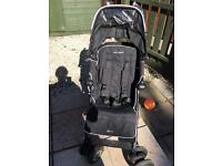 MacLaren XT pushchair with cosy toes and liners