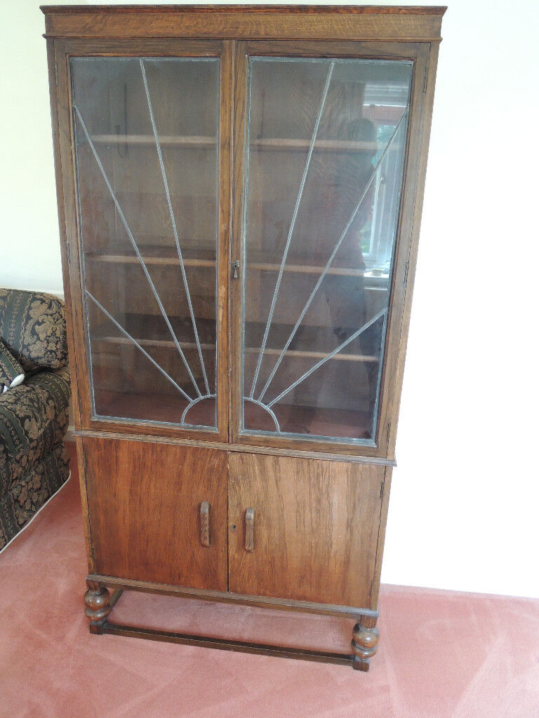 VINTAGE ART DECO STYLE LEAD LIGHT GLASS FRONT BOOK/DISPLAY CASE