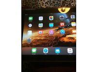 iPad series's 2 good condition