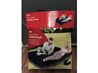 Double air navy blue mattress with inbuilt air foot pump