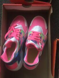 Kids Nike huarache