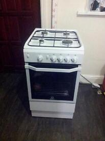Indesit gas cooker excellent condition like new