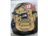 *NEW RELEASE* Supreme x North Face Metallic Borealis Gold Backpack