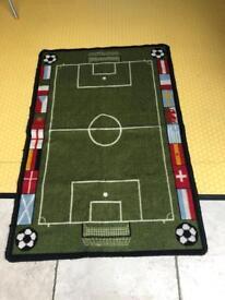 Small idea football rug