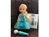 Sing along Elsa doll with microphone