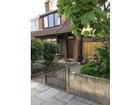 Semi-Detached House: 2 Huge Bedrooms. Furnished, Garage, Private Garden. Good for Abdn Uni/Town