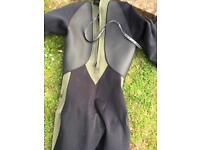 O'Neill men's wet suit 3mm