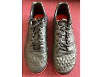 Nike Tiempo Legend 8 Pro TF Size UK 10.5 In Black/Red