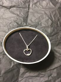 Genuine Links of London pendant and chain WORTH £90