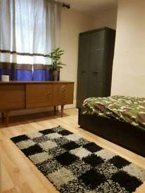 1Double room in 3 bedroom house (3 people only)