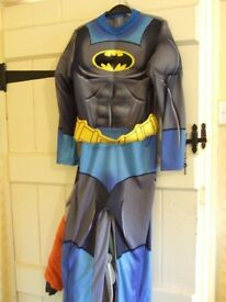 Batman dress up outfit 9/10yrs