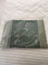 Green silk placemats - perfect for setting your Christmas table