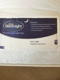 Silent night double mattress (amazing condition)