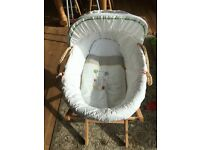 Neutral Moses baby basket with stand