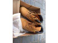 Men's timberland boots UK10