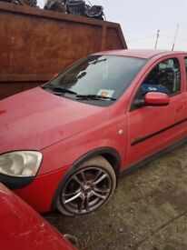 2004 VAUXHALL CORSA 1.0 PETROL BREAKING FOR PARTS